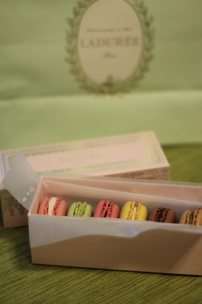 laudree macarons | as GOLD as it gets