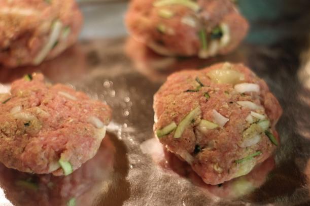 turkey burger | as GOLD as its blog