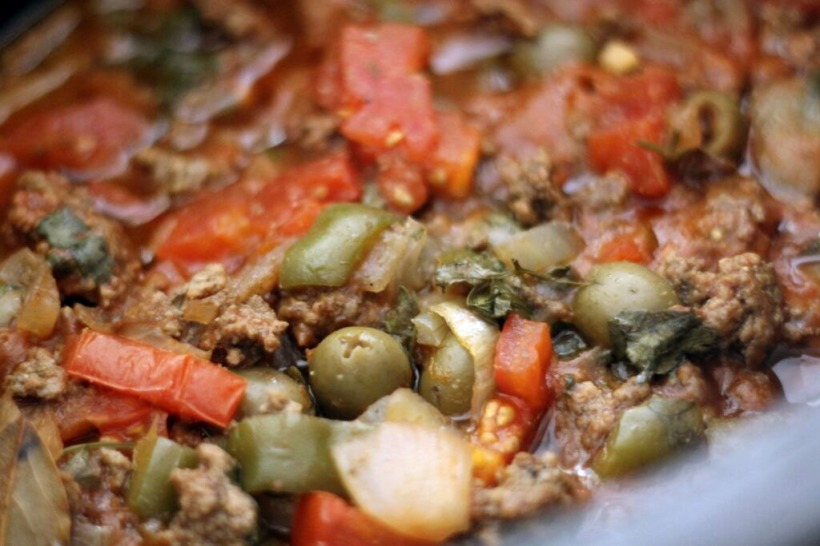 crockpot stuffed peppers picadillo