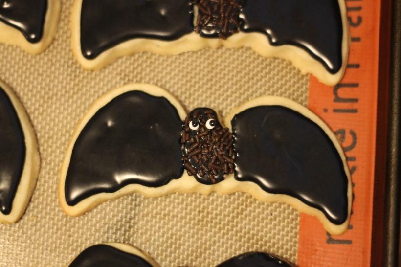 halloween bat sugar cookies