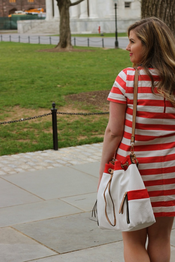 urban expressions bucket bag coral and white