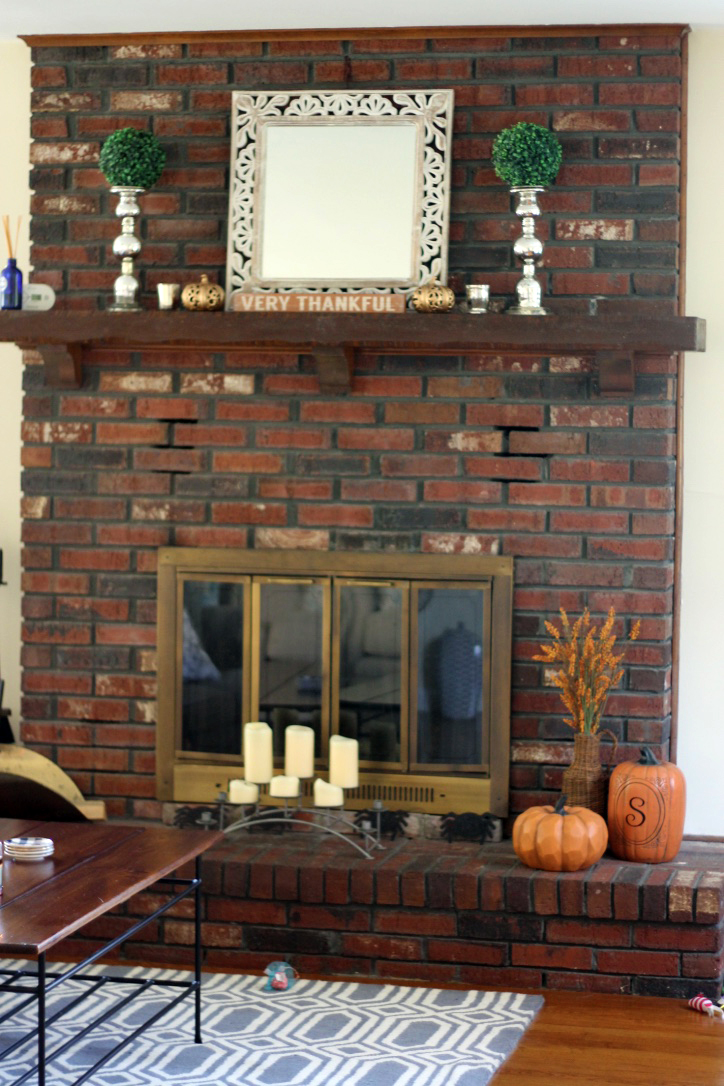 thanksgiving-fireplace-decorations