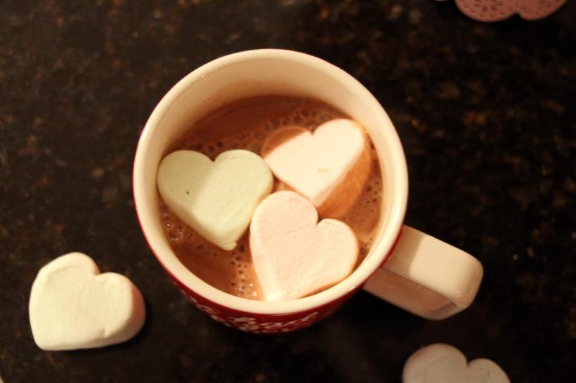 heart-marshmallow-cocoa